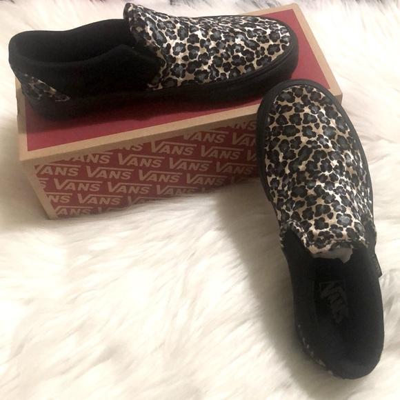 Women's Vans Asher Velvet sz 8.5 Black Cheetah